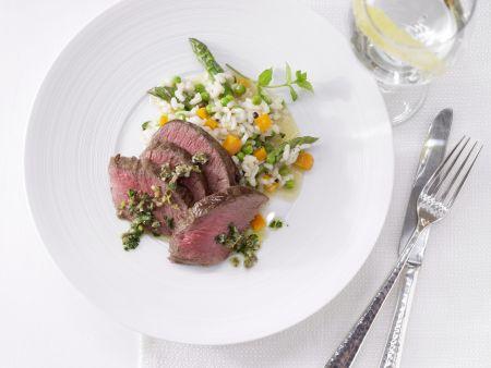 Hirschrücken auf Gemüse-Risotto