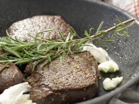 Hirschsteaks aus dem Ofen: Zubereitungsschritt 8