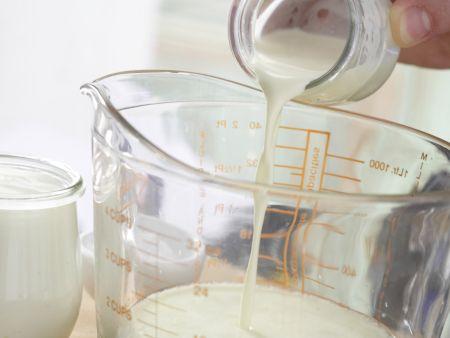 Holunderblüten-Joghurt-Eis: Zubereitungsschritt 5