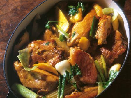 Hühnertopf mit Gemüse und Kartoffeln