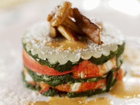 Hummertürmchen mit Spinat