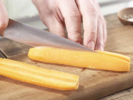 Ingwer-Chili-Möhren: Zubereitungsschritt 1