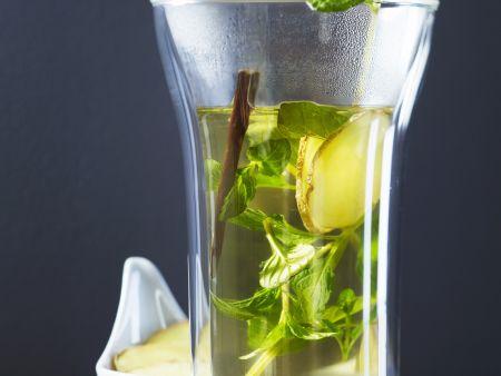 Ingwer-Minz-Tee mit Süßholz