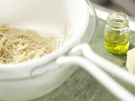 Italienischer Nudel-Bohnen-Eintopf: Zubereitungsschritt 6