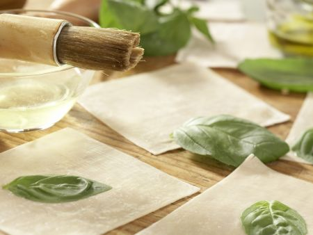 Jakobsmuscheln zwischen Wan-Tan-Blättern: Zubereitungsschritt 7