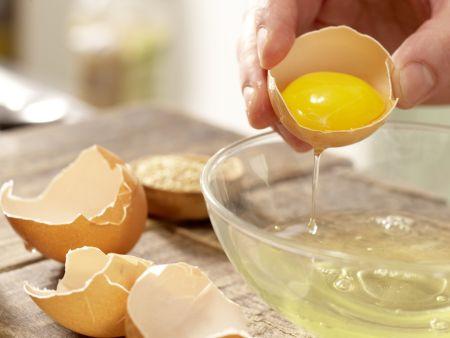 Joghurt-Pflaumen-Torte: Zubereitungsschritt 1