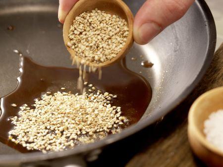 Joghurt-Pflaumen-Torte: Zubereitungsschritt 11