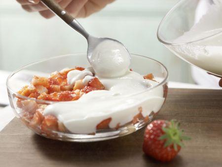 Joghurt-Quark-Schichtspeise: Zubereitungsschritt 3