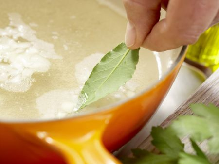 Kabeljau auf Gemüsesalat: Zubereitungsschritt 2