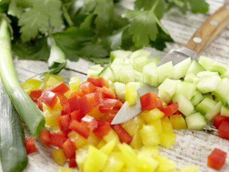Kabeljau auf Gemüsesalat: Zubereitungsschritt 5