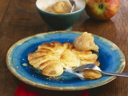 Rezept: Käse-Kartoffel-Pfanne mit Zwiebel-Apfel-Dip