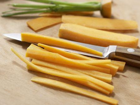 Käseigel mit Möhrenstiften: Zubereitungsschritt 4