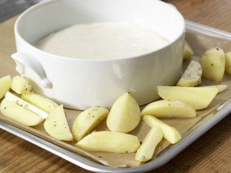 Käsesoufflé mit buntem Gemüse: Zubereitungsschritt 6