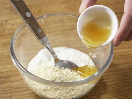 Kaki-Joghurt mit Hirseflocken: Zubereitungsschritt 3