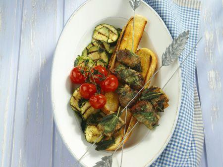 Kalbsleber mit Pancetta, Röstbrot und Gemüse