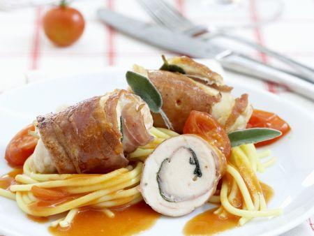 Kalbsroulade im Schinkenmantel auf Spaghetti