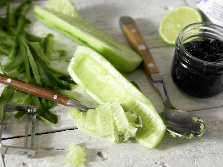 kalte avocado gurken suppe rezept eat smarter. Black Bedroom Furniture Sets. Home Design Ideas