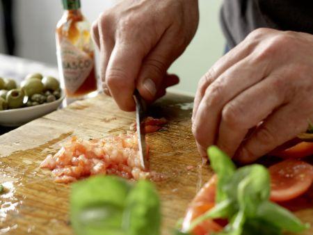 Kalte Basilikum-Dickmilch-Suppe: Zubereitungsschritt 2