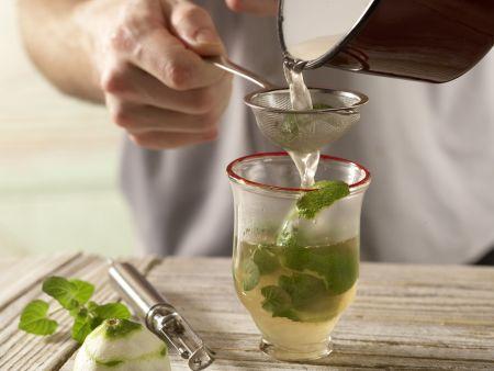 Kardamom-Minz-Tee: Zubereitungsschritt 4