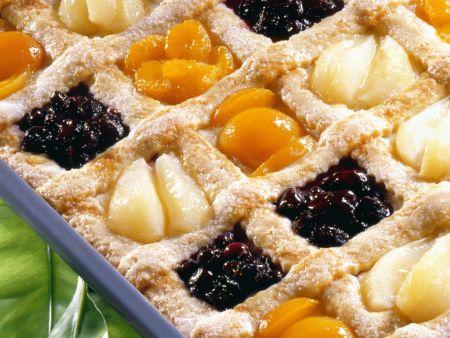 Karo-Kuchen mit Obst