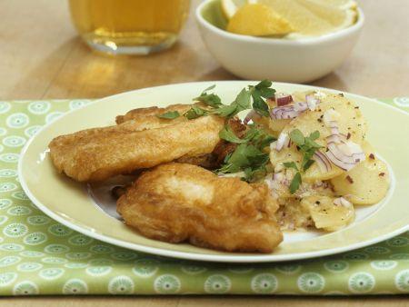Karpfen im Bierteig mit Kartoffelsalat