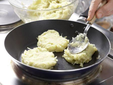 Kartoffel-Kohlrabi-Puffer: Zubereitungsschritt 8