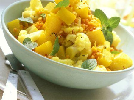 Kartoffel-Linsen-Salat mit Kürbis und Blumenkohl