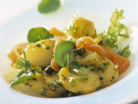 Kartoffel-Räucherlachs-Salat
