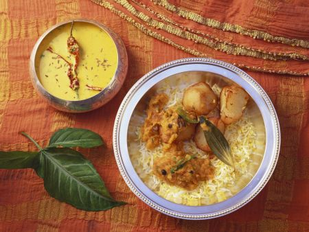 Kartoffel-Reis-Topf auf indische Art