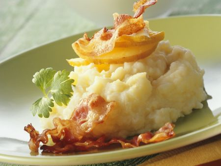 Kartoffel-Sellerie-Stampf mit Apfel und Bacon