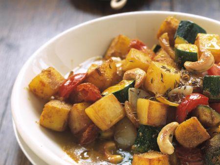Kartoffel-Zucchini-Curry mit Cashews