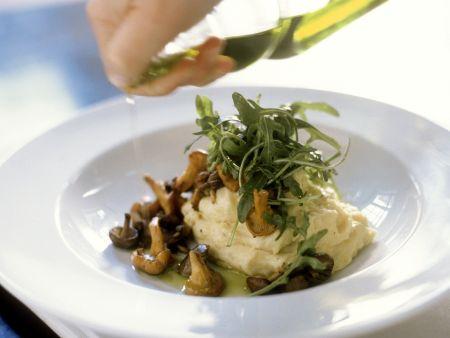 Kartoffelbrei mit Pilzen und Rucola