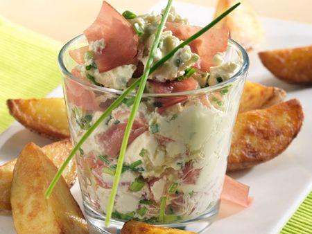 Rezept: Kartoffelecken mit Schinken-Frischkäse-Creme