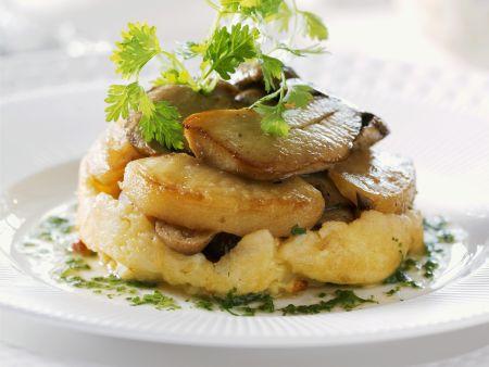 Rezept: Kartoffelgratin mit gebratenen Steinpilzen
