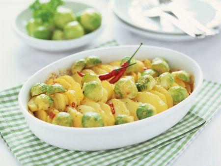 Kartoffelgratin mit Rosenkohl