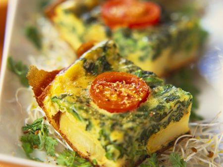 Rezept: Kartoffelkuchen mit Spinat und Tomaten