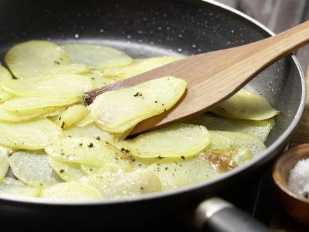 Kartoffelpfanne mit Schinken: Zubereitungsschritt 2