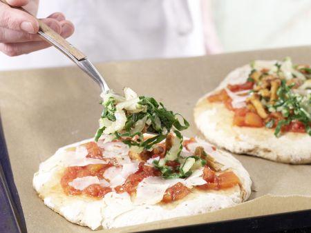 Kartoffelpizza mit Pfifferlingen: Zubereitungsschritt 10
