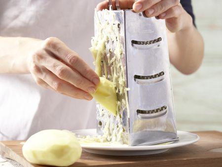 Kartoffelrösti mit Kräuterquark: Zubereitungsschritt 1