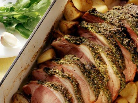 Rezept: Kassler mit Kräuterhaube und Kartoffeln