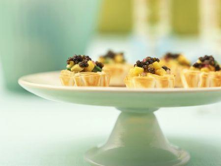 Kaviarhäppchen aus Blätterteig