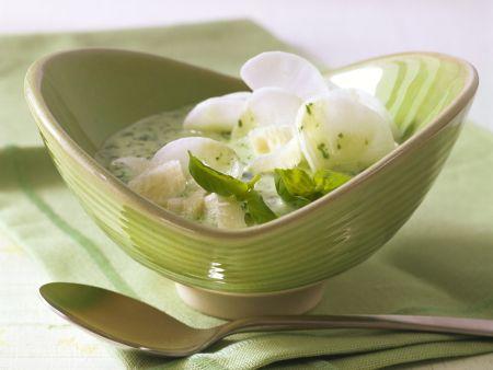 Kefirsuppe mit Rettich