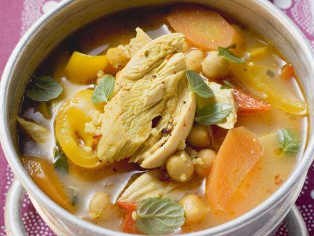 Kichererbsen-Gemüsesuppe mit Hähnchen