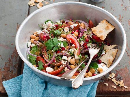 kichererbsen paprika salat mit schafsk se rezept eat smarter. Black Bedroom Furniture Sets. Home Design Ideas