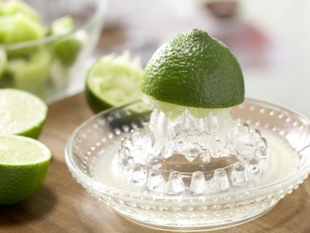 Kiwi-Limetten-Cocktail: Zubereitungsschritt 2
