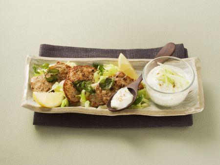 Rezept: Kleine Kalbsschnitzel mit Gurken-Dip