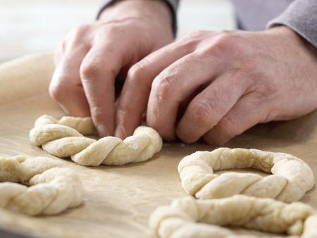 Kleine Osterkränze: Zubereitungsschritt 7
