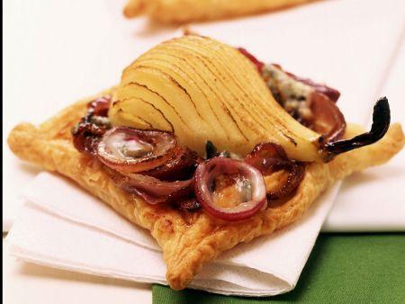 Rezept: Kleiner Zwiebel-Birnen-Kuchen