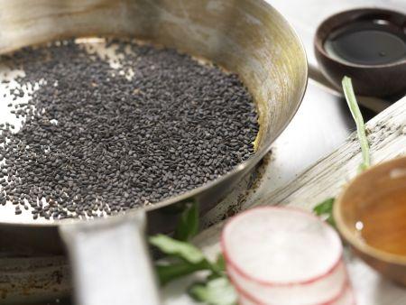 Knackiger Salat nach Thai-Art: Zubereitungsschritt 5