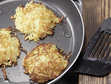 Knusprige Kartoffelrösti: Zubereitungsschritt 4